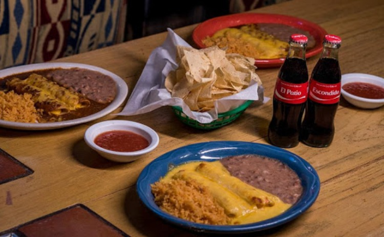 Photo of several Mexican dishes.